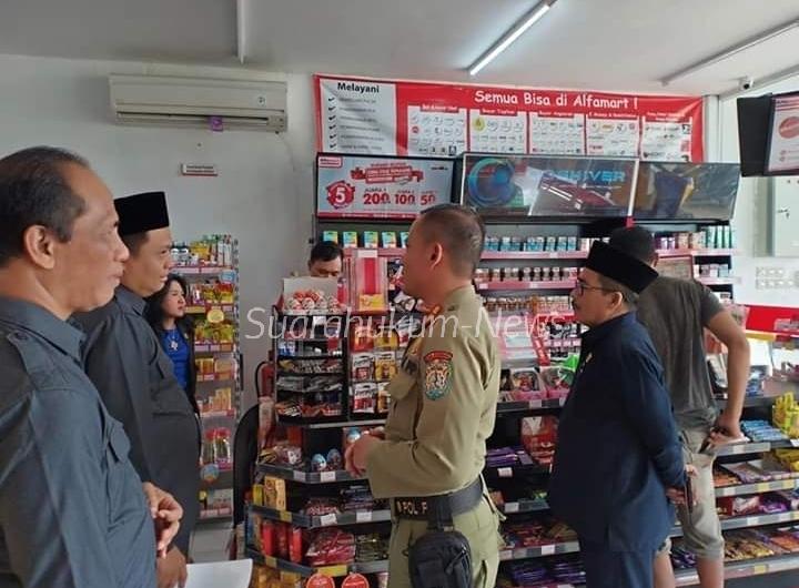 Pansus II DPRD Kabupaten Kendal Kembali Sidak Toko Swalayan Tak Berizin
