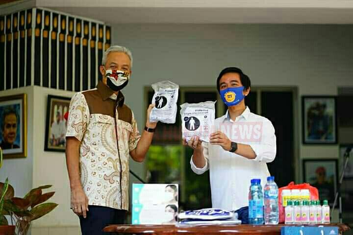 Gibran Salurkan Ribuan Bantuan Masker Hingga APD Ke Pemprov Jateng