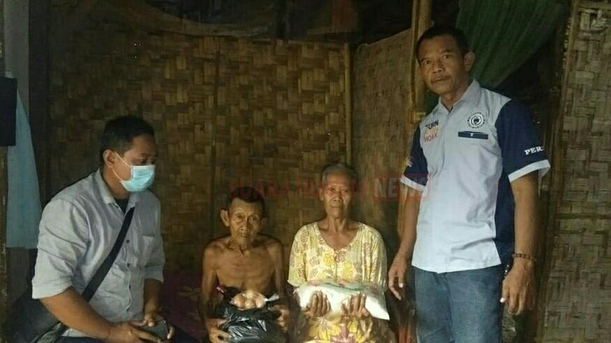 Jumat Berkah, Insan Pers Jawa Tengah DPC Pati Berbagi Sesama