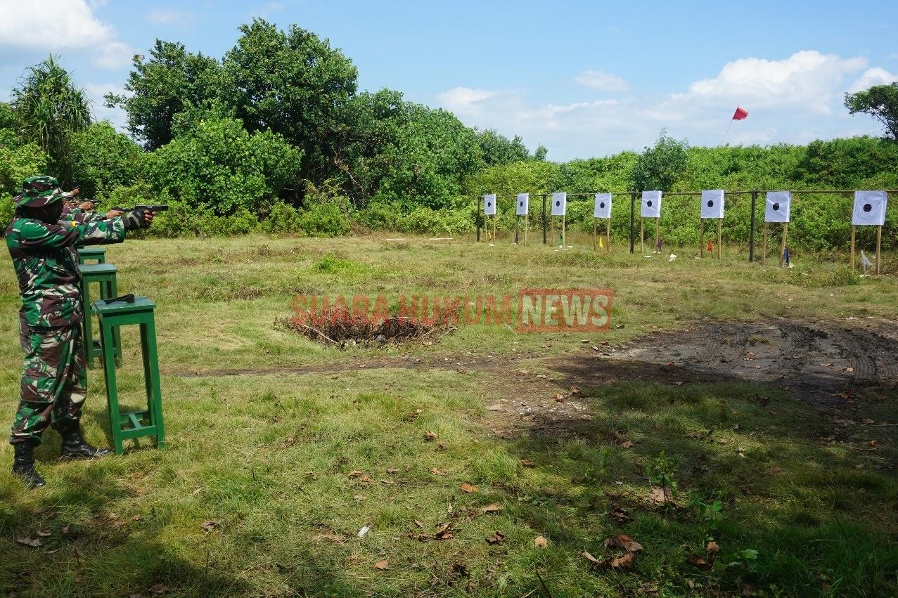 Asah Kemampuan, Kodim 0719 Jepara Gelar Latihan Menembak Berdiri Dengan Jarak 15 Meter
