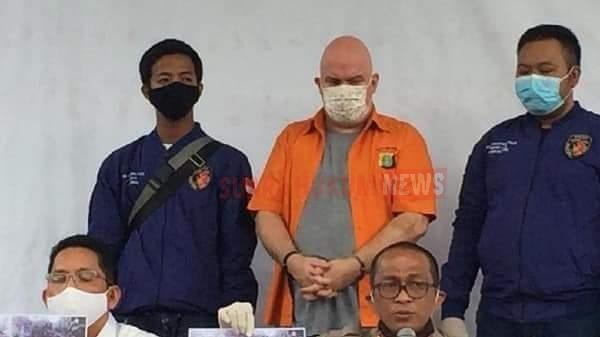Polda Metro Jaya Tangkap Burononan FBI Russ Medlin Di Jakarta Selatan