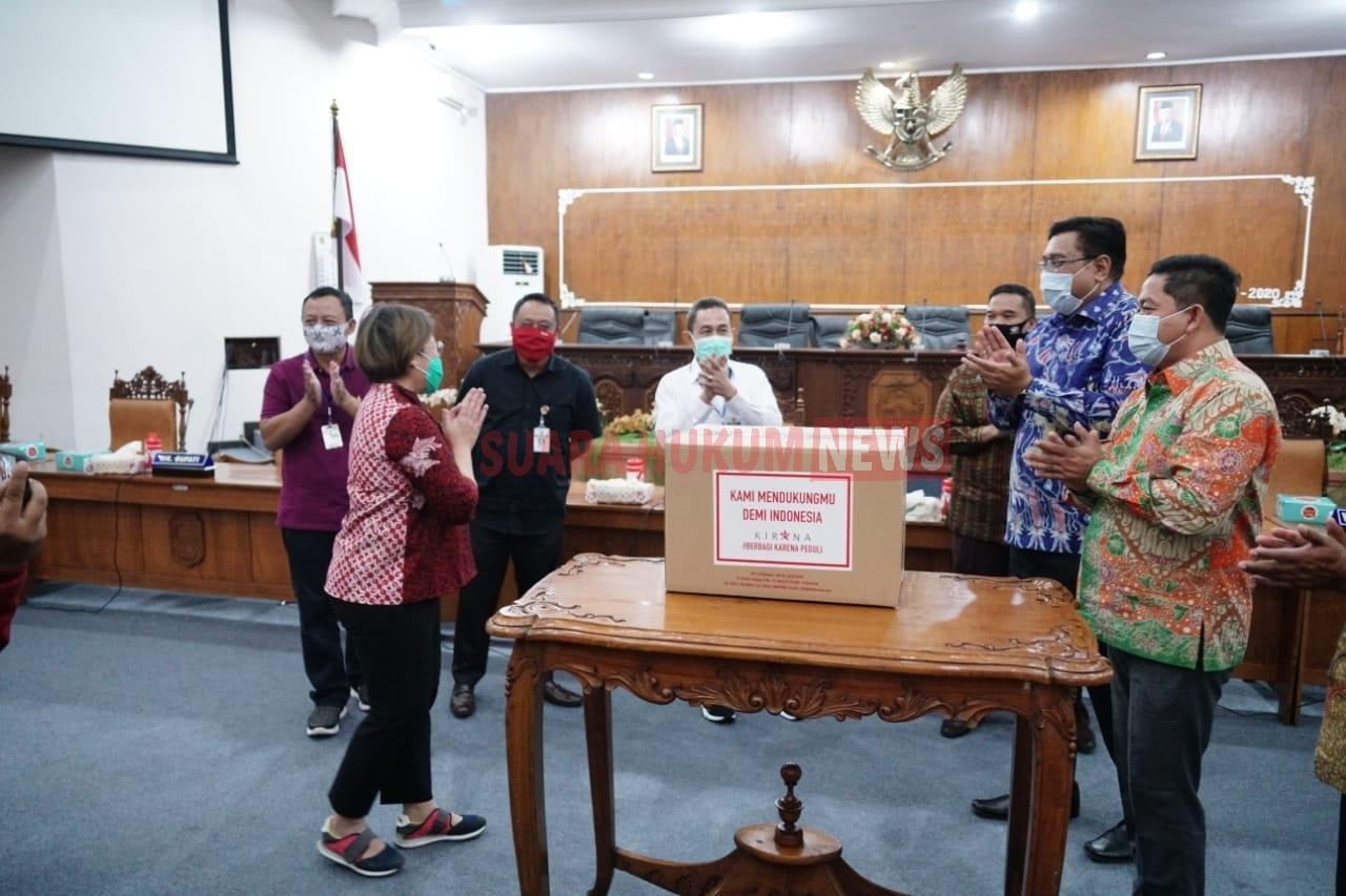 Penyerahan Bantuan 500 Alat Rapid Test Secara Simbolis Dari PT. KJL Kepada Ketua DPRD Pati