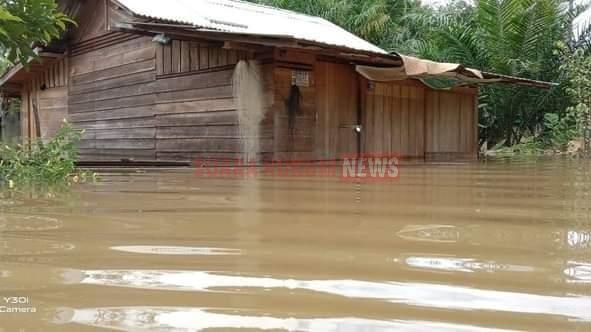 Banjir Di Kota Waringin Timur, Masyarakat Dihimbau Tetap Waspada Meski Air Mulai Surut