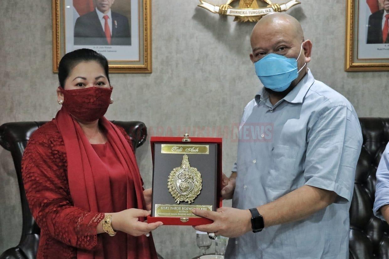 Pelestari Keris Pusaka, Mendapat Gelar Dari Keraton Kasunanan Surakarta Hadiningrat