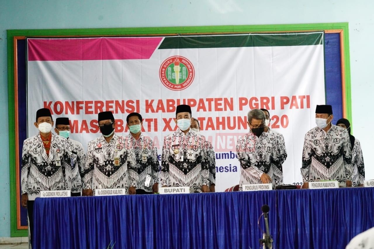 Hadiri Konferensi PGRI Pati, Bupati Singgung Jaminan Kesejahteraan Bagi Tenaga Pendidik