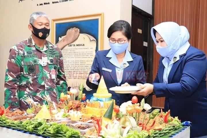 Peringatan HUT PIA Ardhya Garini Secara Virtual Diruang Rapat Suryadi Suryadharma Koopsau II