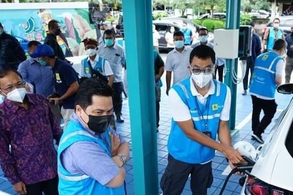 Kesiapan Indonesia Untuk Menjadi Pemain Utama, Industri Mobil Listrik
