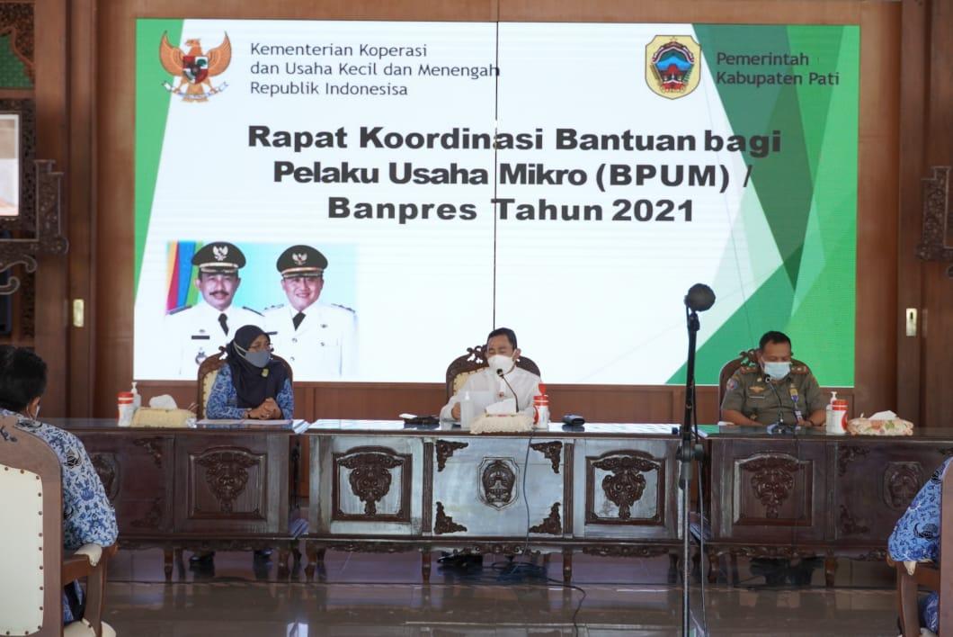 Pendataan Bantuan BPUM, Bupati Haryanto Menghimbau agar Camat sampaikan Informasi secara Valid