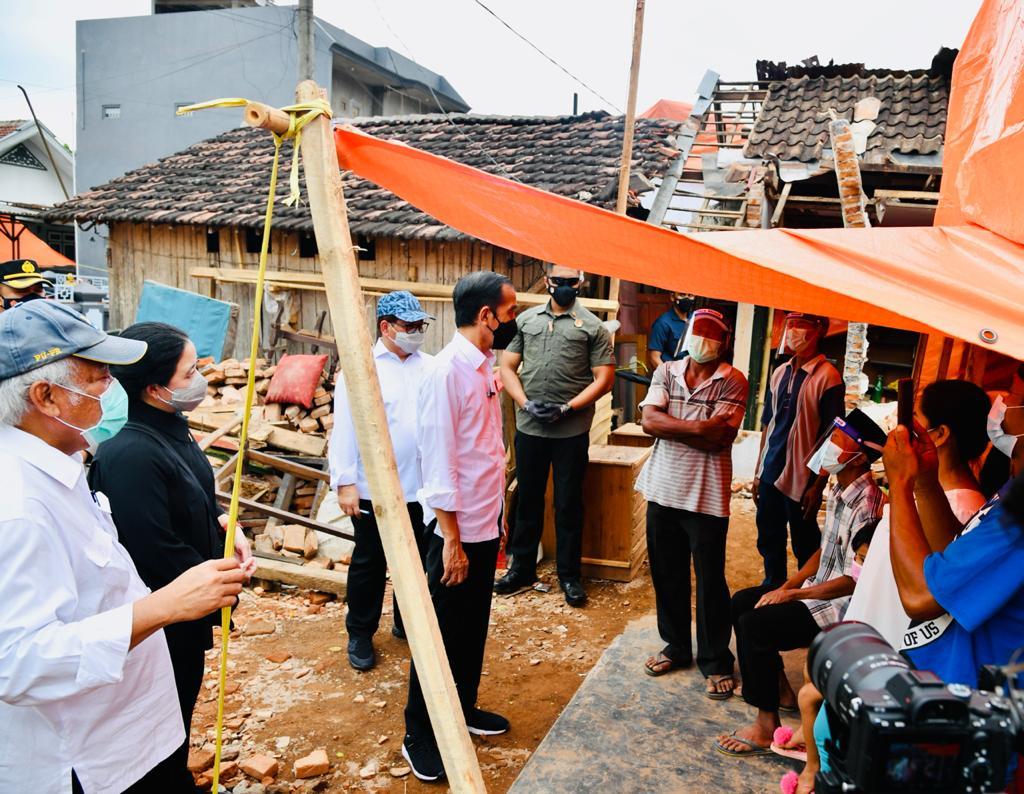 Tinjau Lokasi terdampak Gempa, Presiden Pastikan Pemerintah bantu Rekonstruksi Rumah Warga