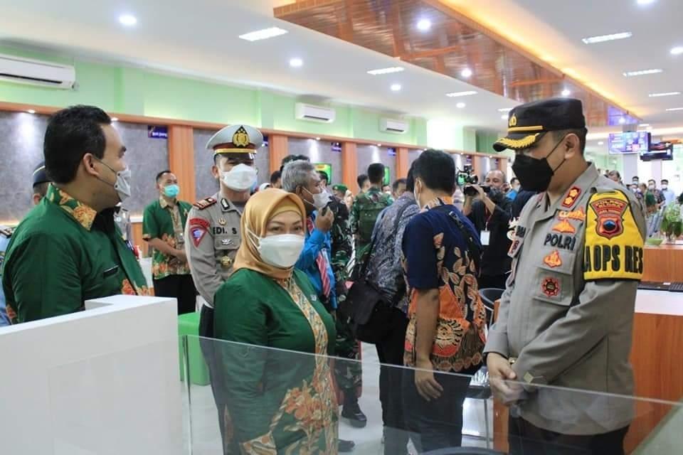Personil Gabungan Amankan Acara Peresmian Mall Pelayanan Publik di Kabupaten Blora