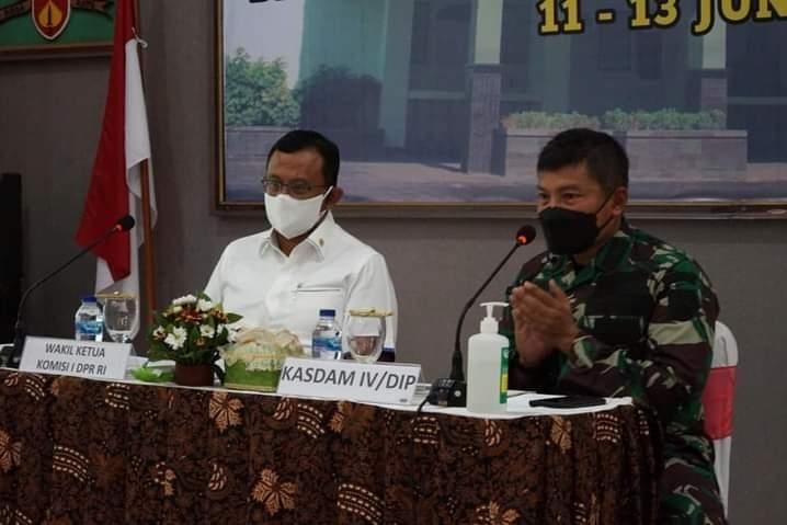 Komisi I DPR RI Kunjungi Rumah Sakit Bhakti Wira Tamtama di Semarang