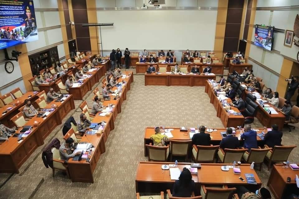 Menuju Perubahan, Komisi III DPR Yakin bahwa Publik sudah Merasakan Transformasi Polri Kearah Modern