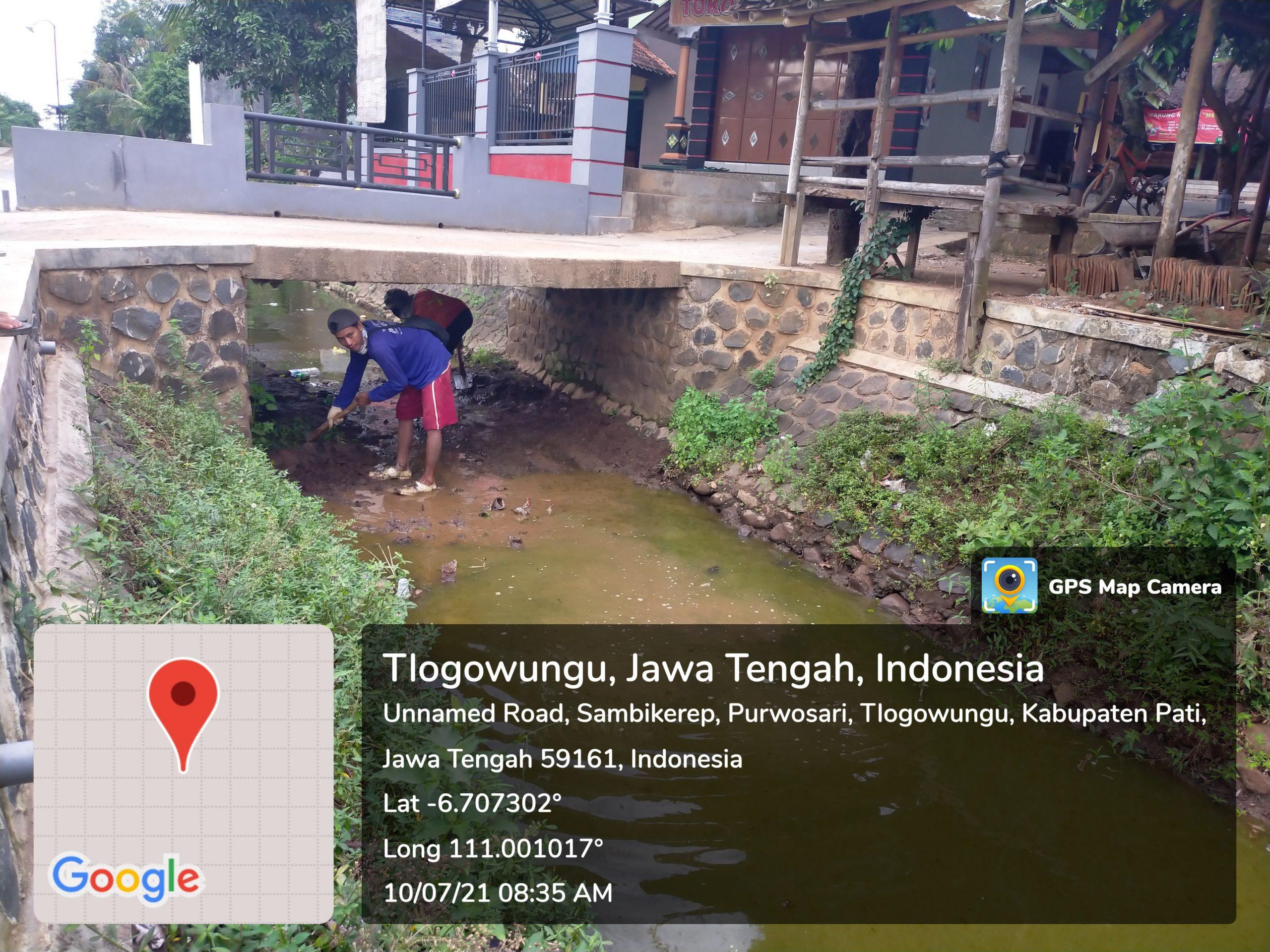 Empat Bulan Berjalan, Pihak Rekanan bawa Cangkul di Lokasi Proyek Rehabilitasi D.I Gembong TA.2021 yang Melintasi Pemukiman Warga